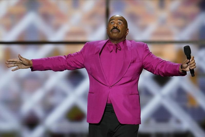 Steve Harvey performs during NFL Honors football award show