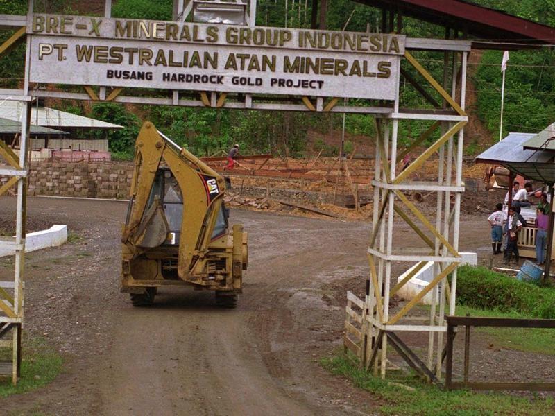 Bre-X Mine Entrance