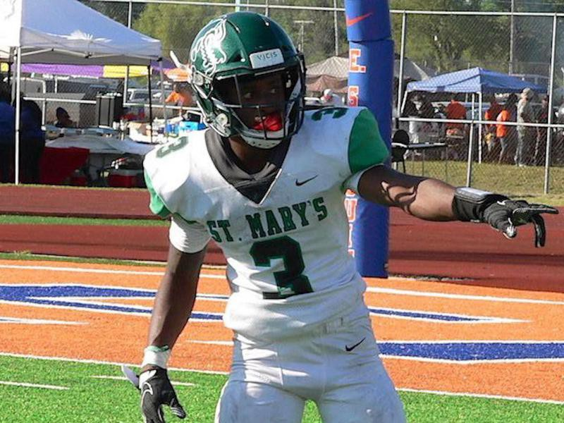 St. Mary's High wide receiver Kevin Coleman