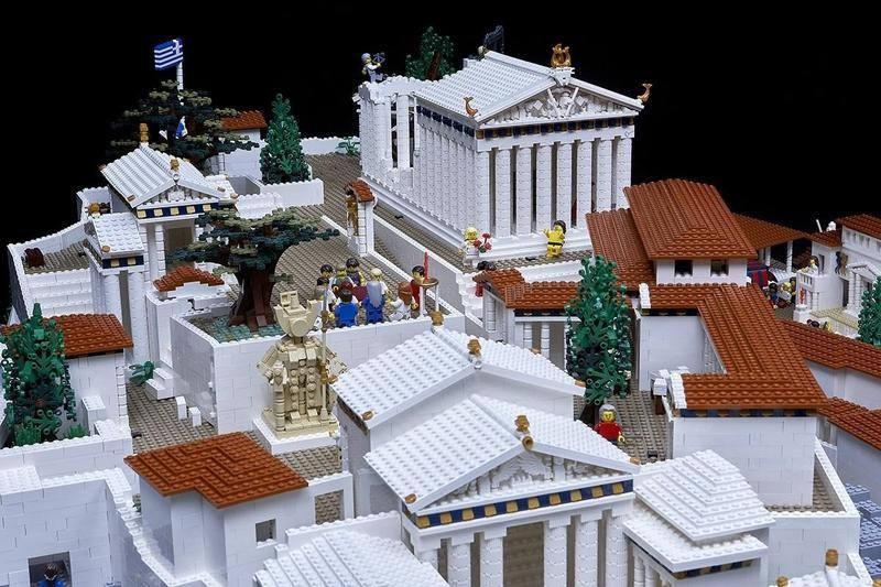 Acropolis made out of Legos by Ryan McNaught