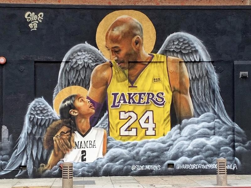 Kobe Bryant and Gianna with wings