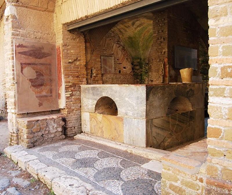 An ancient Roman bar
