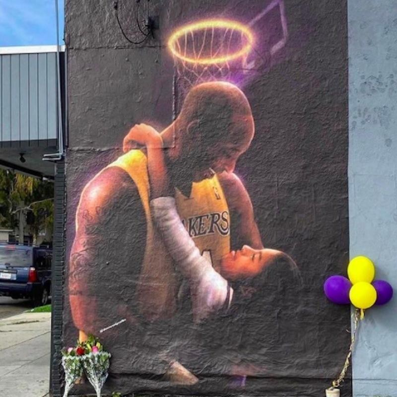 Kobe Bryant and Gianna Bryant mural in Long Beach