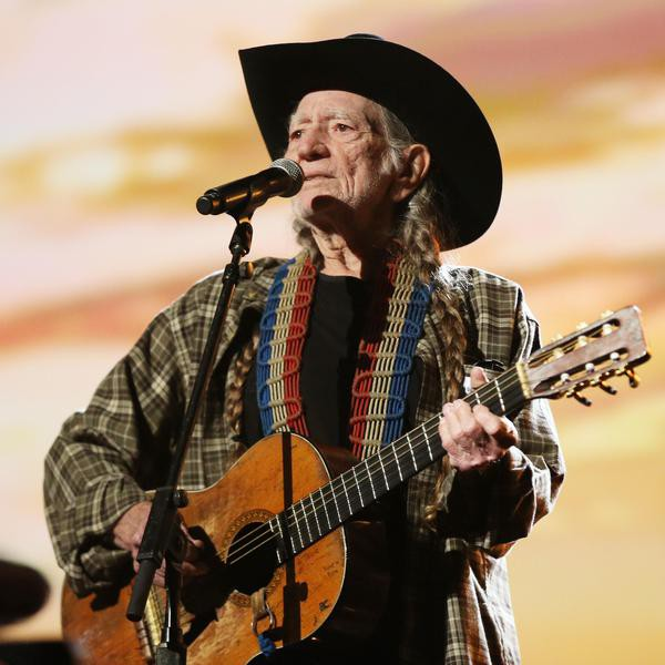 On The Road with Willie Nelson: 20 Facts About the Red Headed Stranger's Trailblazing Career