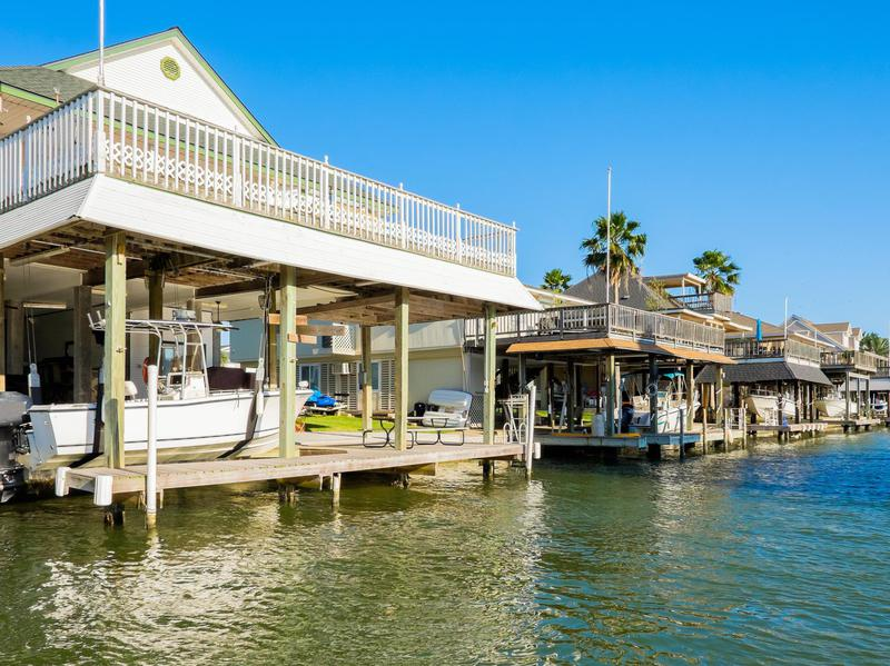 Waterfront homes in Galveston Texas