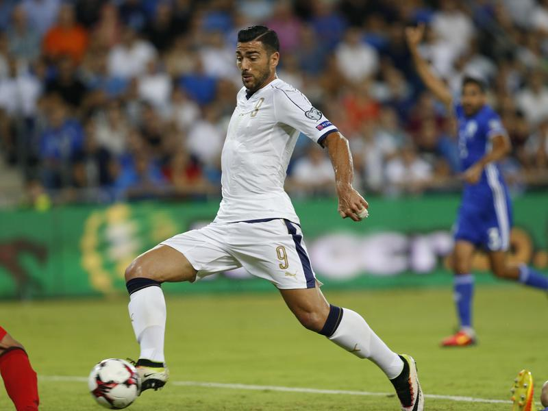 Italy's Graziano Pellè scores during a World Cup qualifying match in 2016.