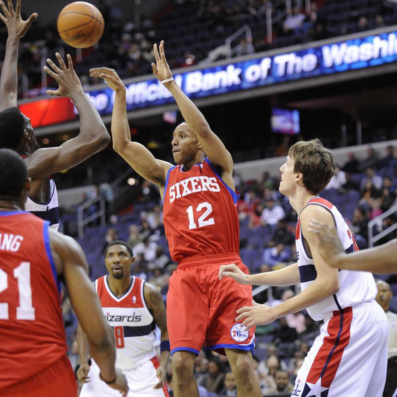 Evan Turner passes the ball against Washington Wizards