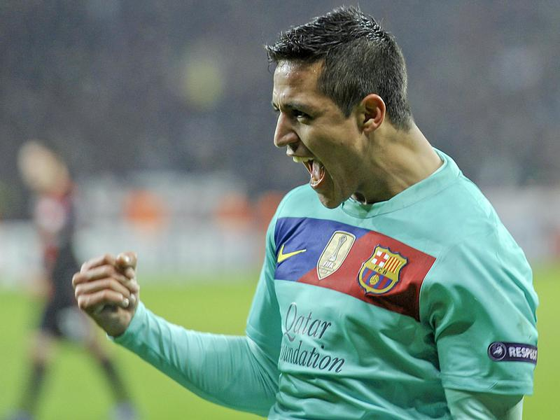 Alexis Sanchez celebrates a goal during his time playing in Spain for Barcelona in 2012.