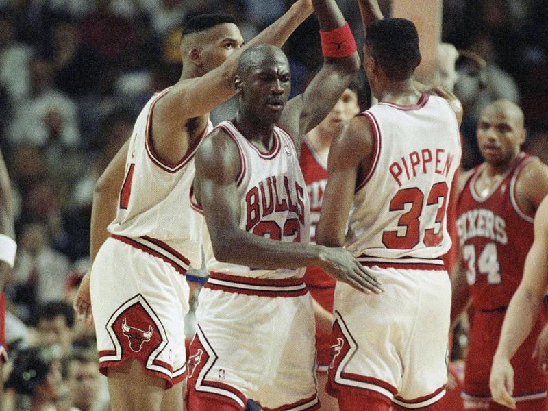 Michael Jordan, Stacey King, Scottie Pippen