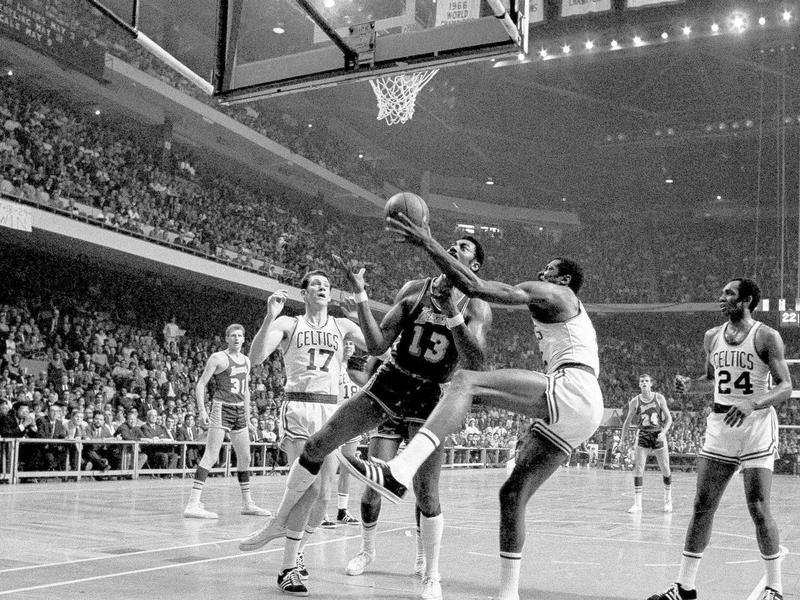 Bill Russell Snags Rebound