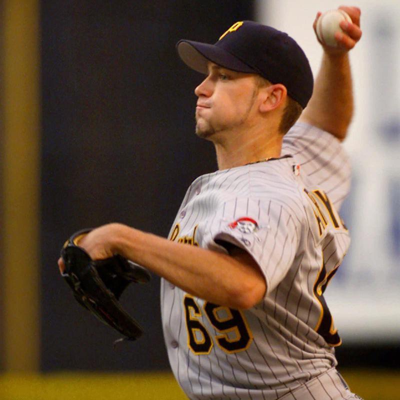 Pittsburgh Pirates' starting pitcher Bronson Arroyo throws against Philadelphia Phillies