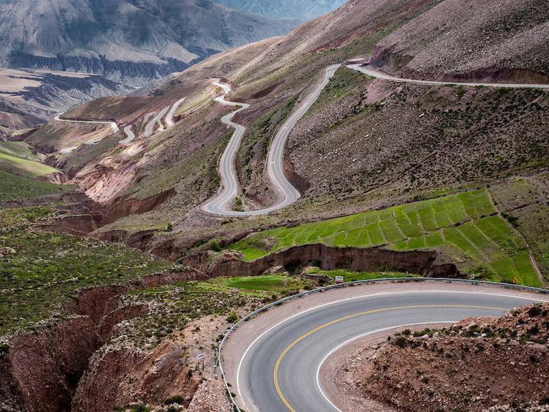 365 Curve Road