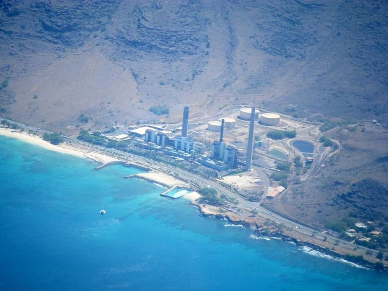HECO power plant at Kahe Point in West Oahu