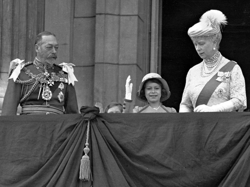 Princess Elizabeth with her grandparents King George V and Queen Mary
