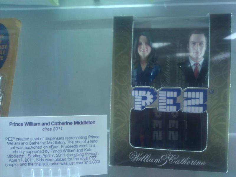 William and Kate Pez dispenser