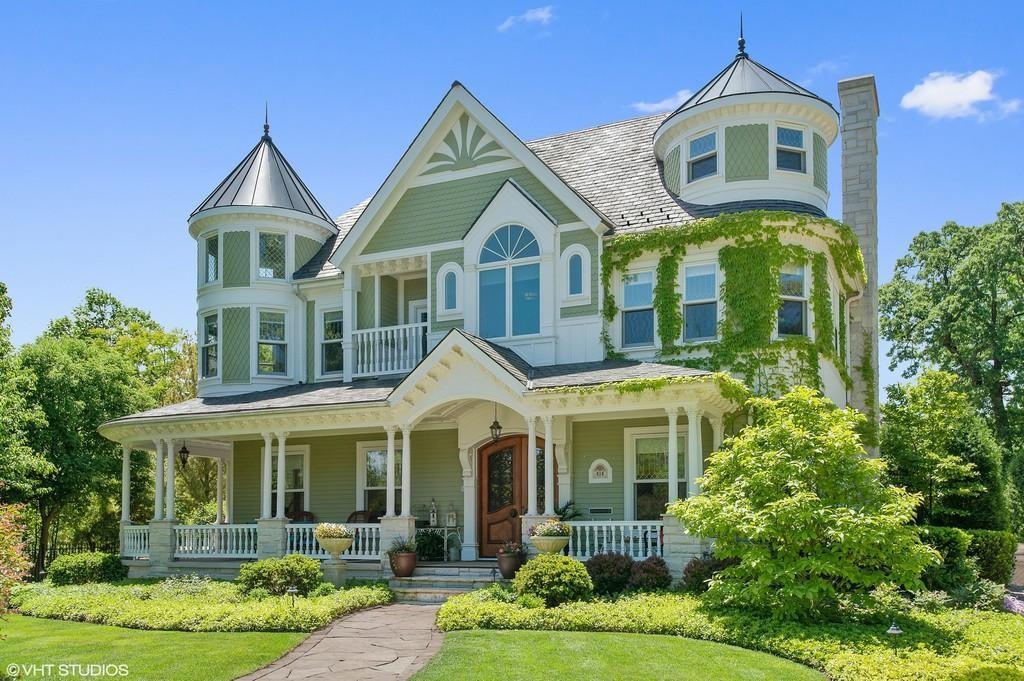 Mansion in Kenilworth, Illinois