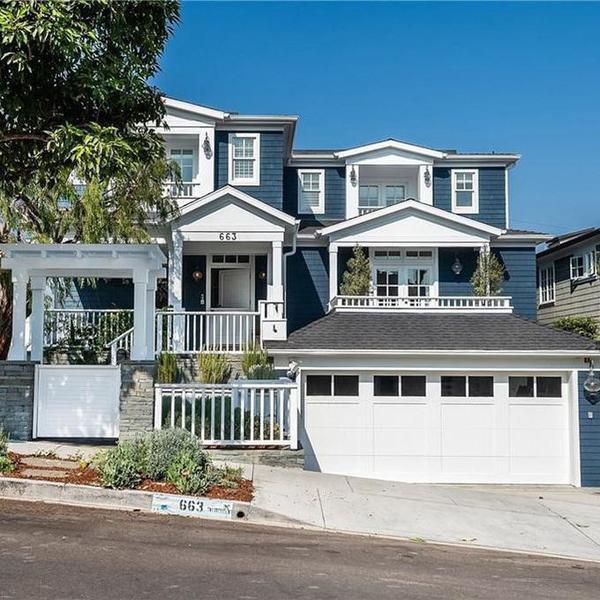 Zooey Deschanel Lists Her $6M California Beach House