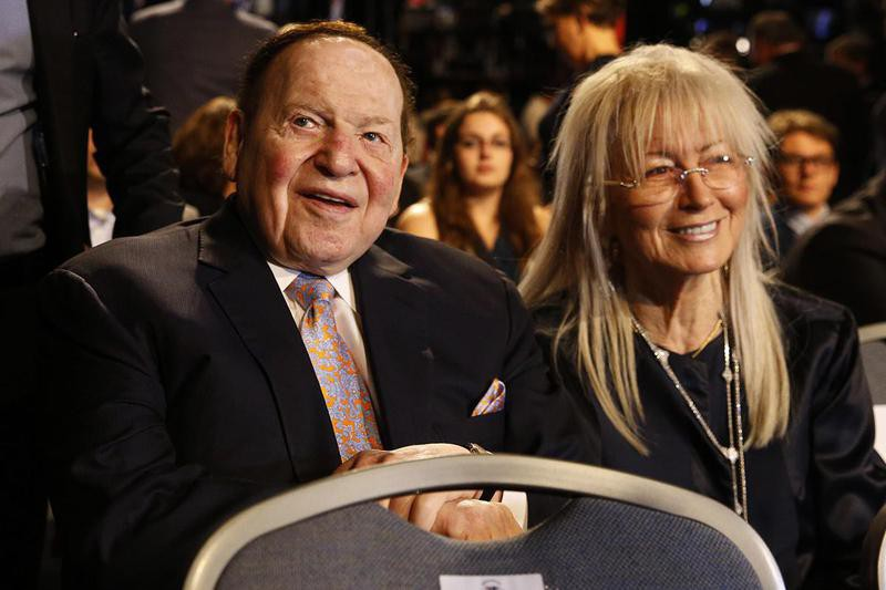 Sheldon Adelson and his wife, Miriam