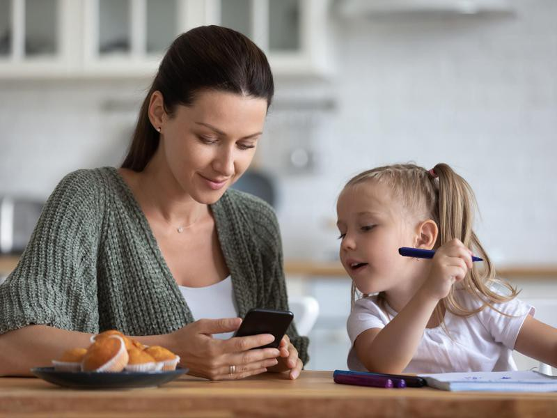 Mom on phone with daughter