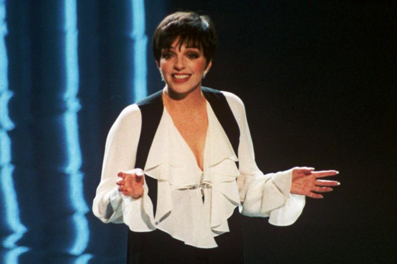 Liza Minelli hosting