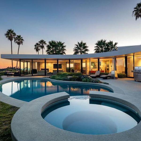 Inside Elon Musk's $4.5 Million Former Los Angeles Home