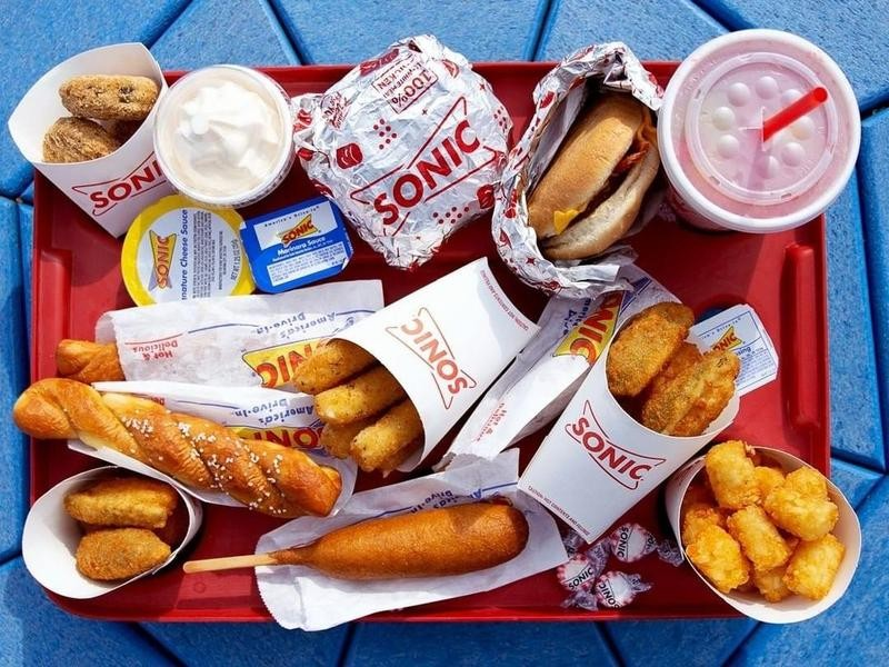 Sonic tray of food