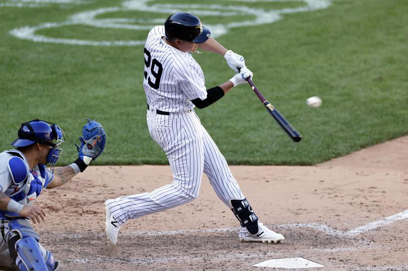 Gio Urshela hits a single against Mets