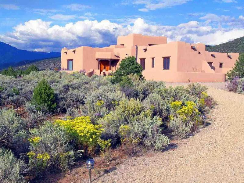 Home in Taos, New Mexico