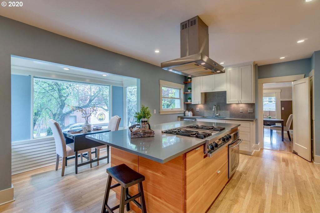 $1 million home in Clinton neighborhood of Portland, Oregon