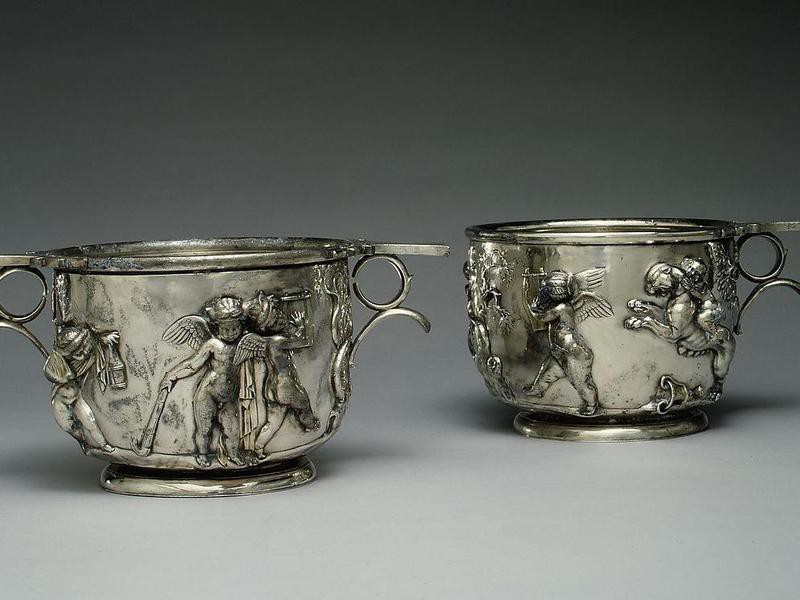 Ancient roman silver cups