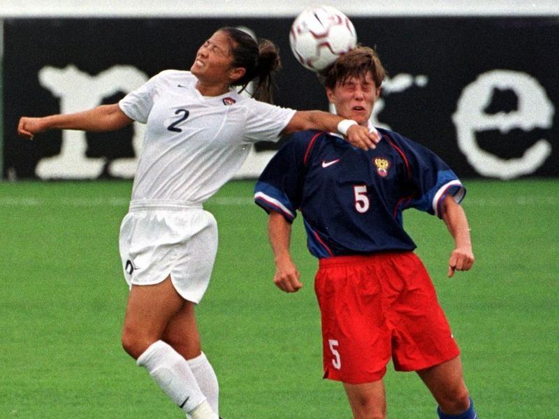 USWNT midfielder Lorrie Fair