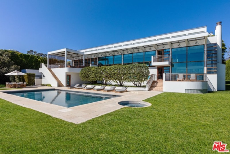 Jan Koum's home
