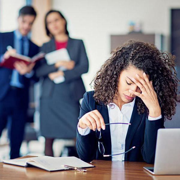 30 Red Flags to Help You Determine a Toxic Work Environment
