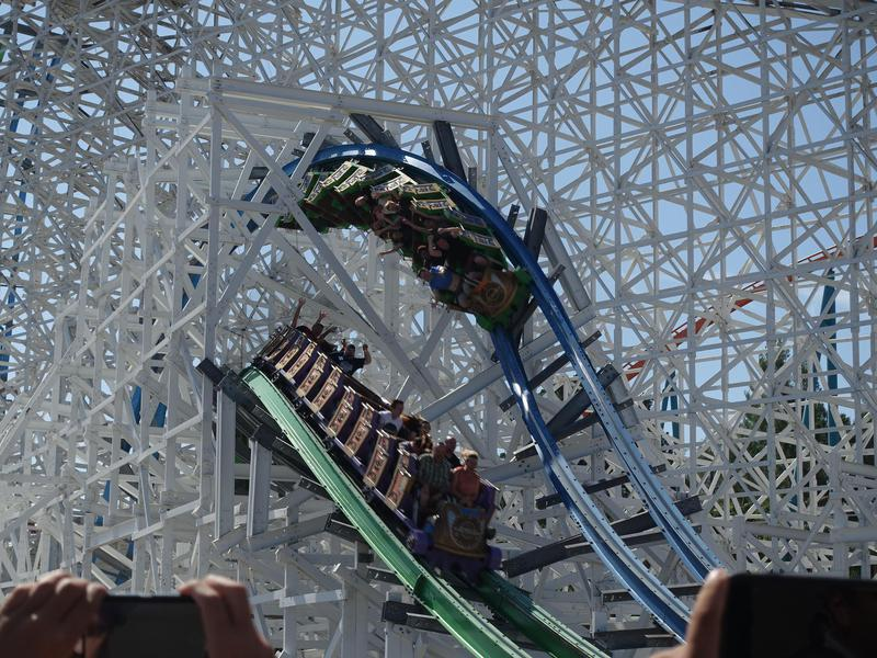 Twisted Colossus