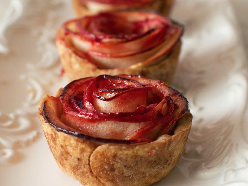 apple rose pies