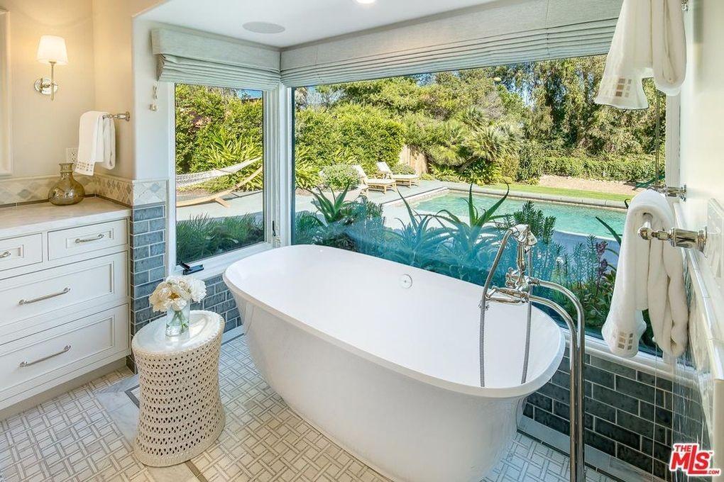 Master bathroom in Malibu