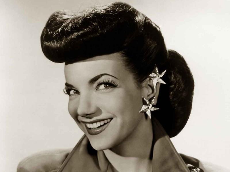 1940s: Pompadour