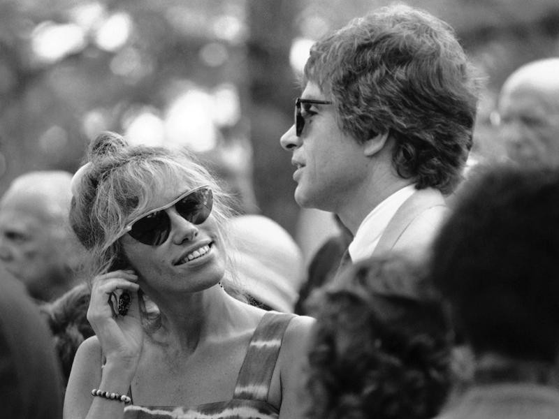 Carly Simon and Warren Beatty