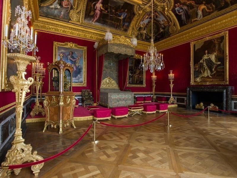 Mercury Room