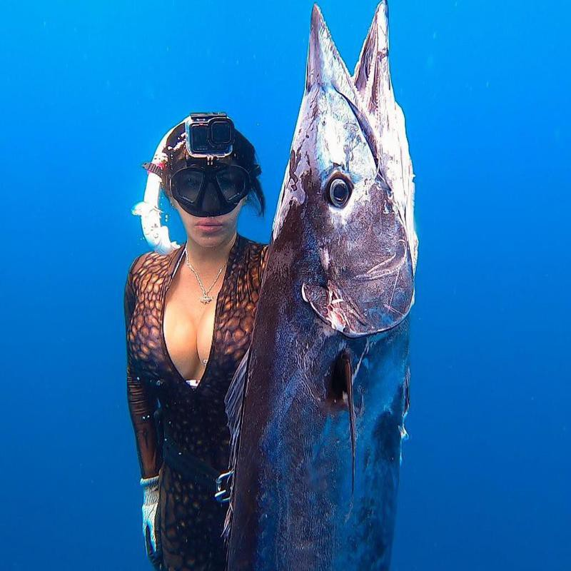 Woman catches first wahoo