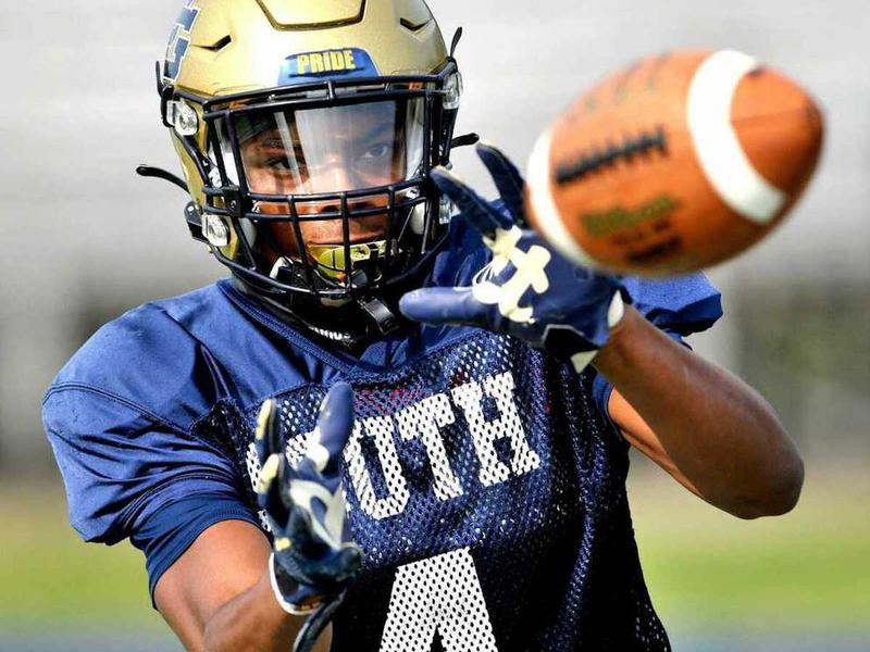 Grosse Pointe South High defensive back Will Johnson