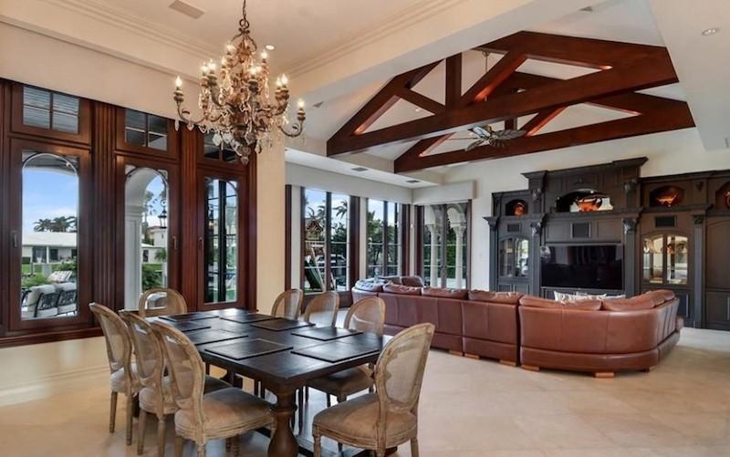 Scottie Pippen's living room