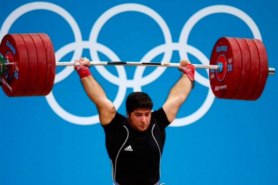 Navab Nassirshalal lifting in London