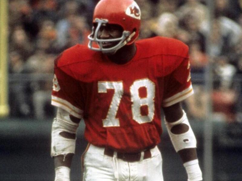 Kansas City Chiefs linebacker Bobby Bell
