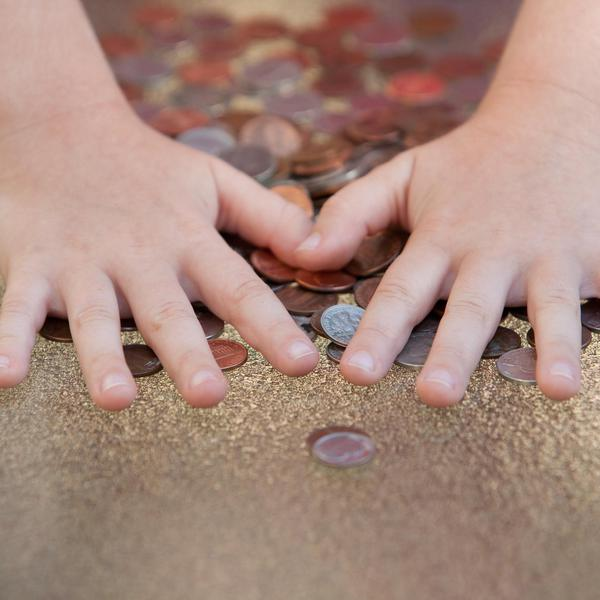 Avoid These Mistakes When Teaching Your Kids About Money