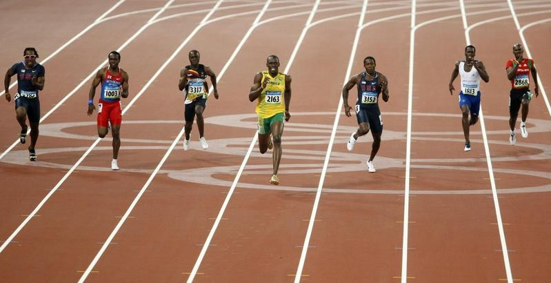 Usain Bolt, Churandy Martina, Shawn Crawford and others in 200-meter race at Beijing Olympics