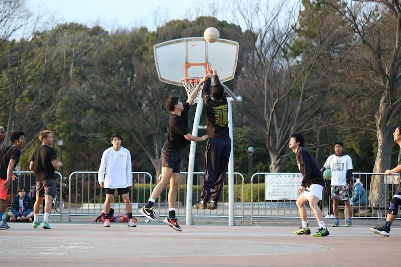 People playing at Yoyogi Park Basketball Courts