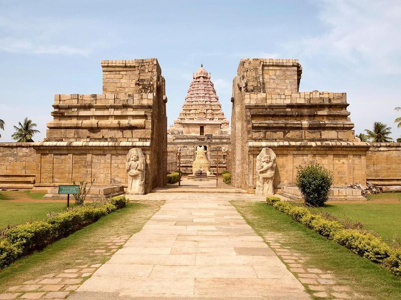 Entrance, Brihadisvara Temple