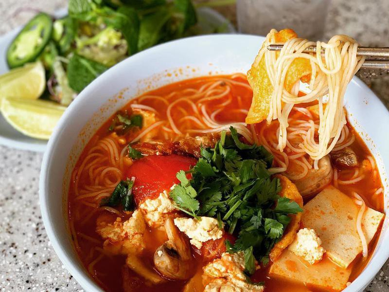 Thien Tam Vegetarian Restaurant food