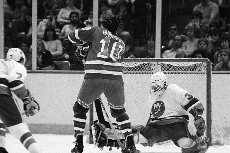 New York Islanders goalie Billy Smith